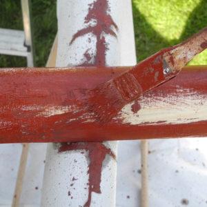 Farben auf Leinölbasis sind umweltfreundlich und gut für den Außenbereich geeignet.