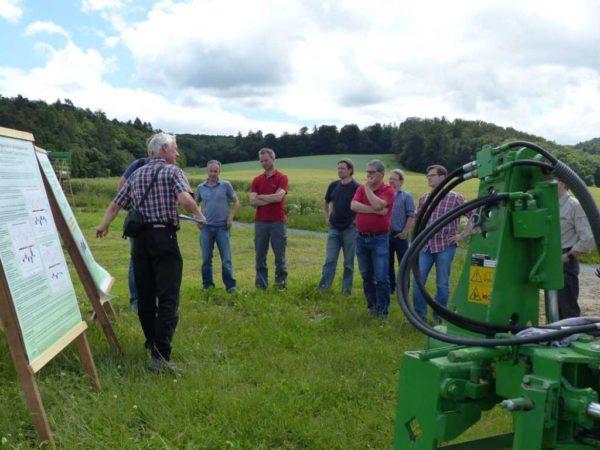 Dr. Franz Schulz stellt den Gießener Dauerfeldversuch zur Wirkung von Fruchtfolge und Bodenbearbeitung vor