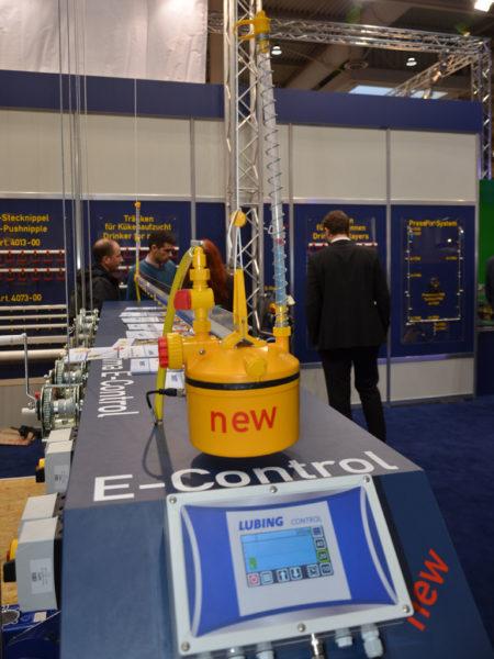 Das automatische Druckminderer-System Optima E-Control wurde auf der EuroTier von der Firma LUBING als Neuheit präsentiert.