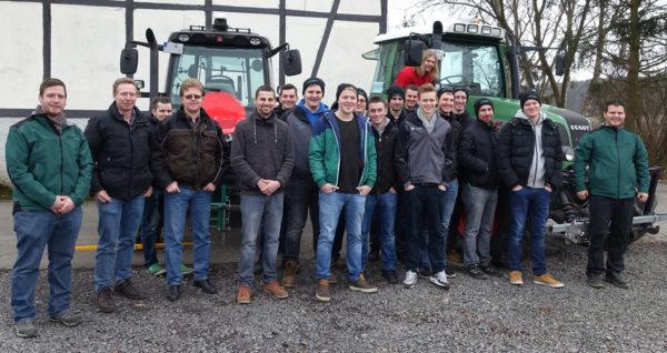 Studierende der Einjährigen landwirtschaftlichen Fachschule Alsfeld