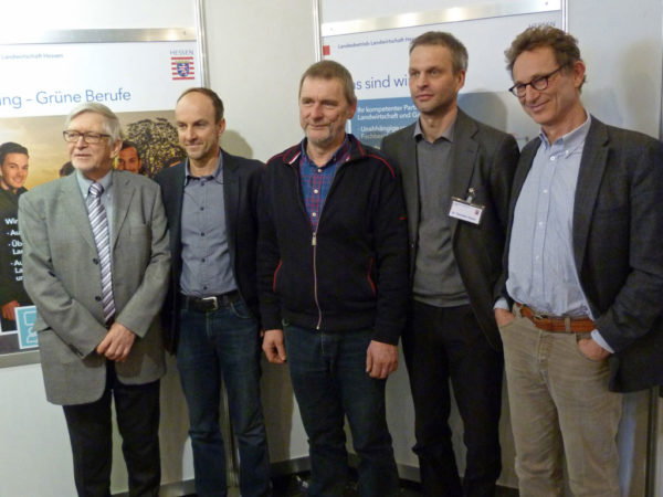 Referenten des Ökotages Baunatal 2017. v. l. Joachim Netz, Dr. Andreas Gattinger, Hans-Jürgen Müller, Moderator Dr. Thorsten Haase (LLH) und Dr. Titus Bahner. Nicht abgebildet: Heinz-Ulrich Meisner.