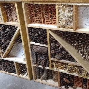 fertige Insektenhotels