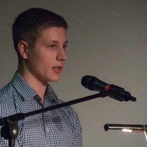 Für die Absolventen sprach Christian Rang aus Schwalmstadt-Florshain.