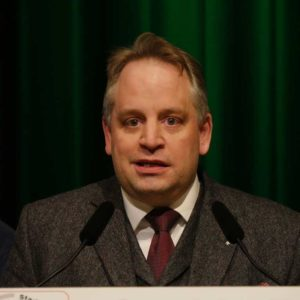 """Dr. Joachim Lübbo Kleen, Fachtierarzt für Rinder (CowConsult - Beratung für Landwirtschaft & Tiermedizin) erläutert die Thematik """"Tierschutz und Tiergesundheit in der öffentlichen Diskussion"""""""