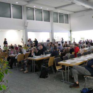 Die Vorträge der Veranstaltung zeigten an Hand von Forschungsergebnisse und Beratungsansätze, dass an Lösungen für die brisanten Themen der Imkerei gearbeitet wird.