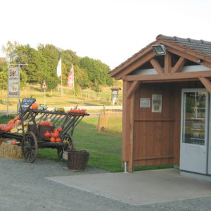 Bei der Direktvermarktung über einen Verkaufsautomaten stehen die heimischen Produkte den Kunden rund um die Uhr zur Verfügung.